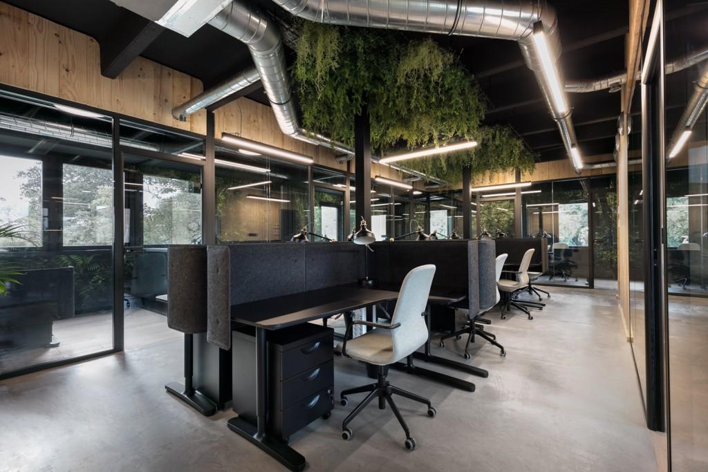 Ispace-Baldini architecture-office-interiordesign- paris- nice-architecture-desk 3