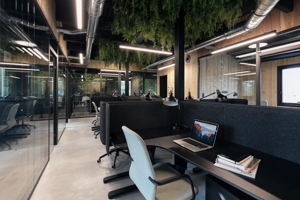 Ispace-Baldini architecture-office-interiordesign- paris- nice-architecture-desk 4